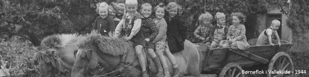 Børneflok i Vallekilde