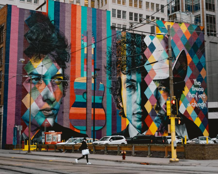 vægmaleri af Bob Dylan på South 5th Street, Minneapolis,USA